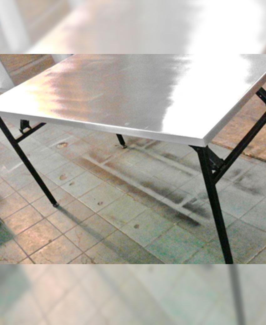 โต๊ะสแตนเลสพับได้